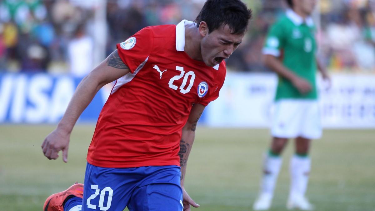 El primer gol de Charles Aránguiz con la Roja | TNT Sports